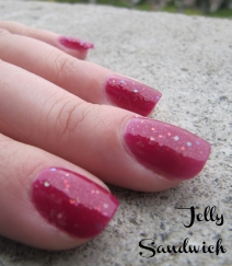"jelly sandwich nails using ""Paloma"" by Zoya"