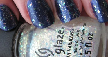 """Make A Spectacle"" Glitter Top Coat - a Nail Lacquer from China Glaze"