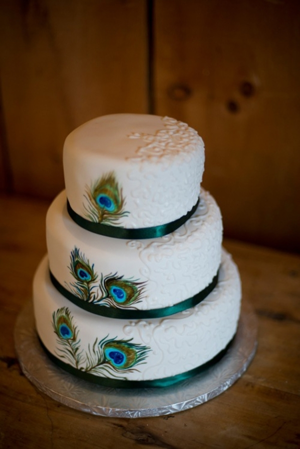 Wedding Cake with Peacock Theme