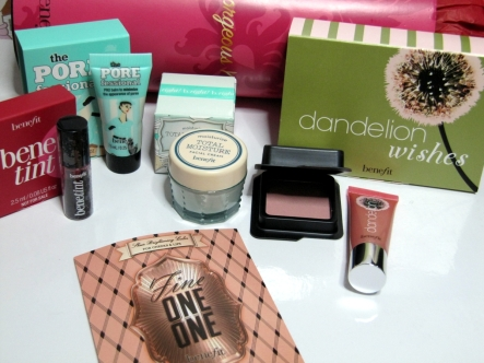 Benefit Cosmetics Topbox Review, Pictures and Haul